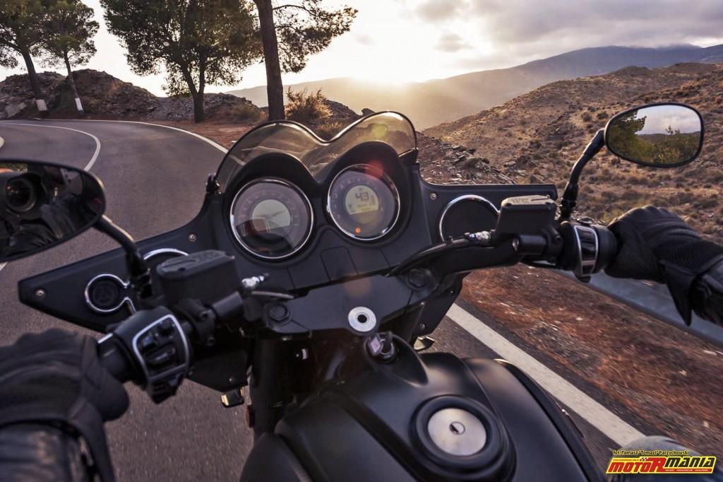 Moto Guzzi MGX21 + California 1400 - Spaghetti Western (9)