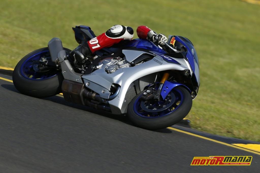 Yamaha YZF-R1 test Motormania (4)
