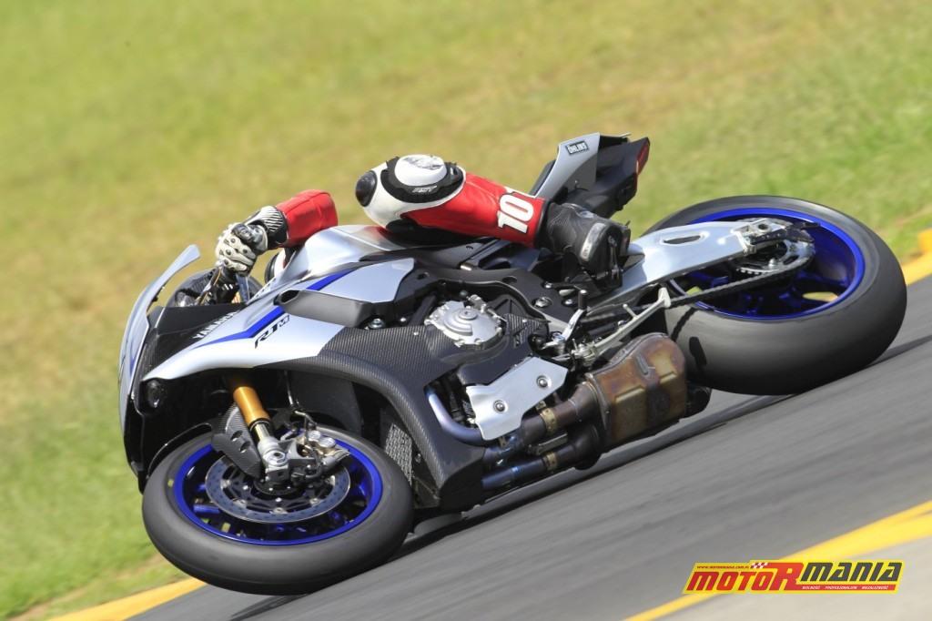 Yamaha YZF-R1M test motormania (3)