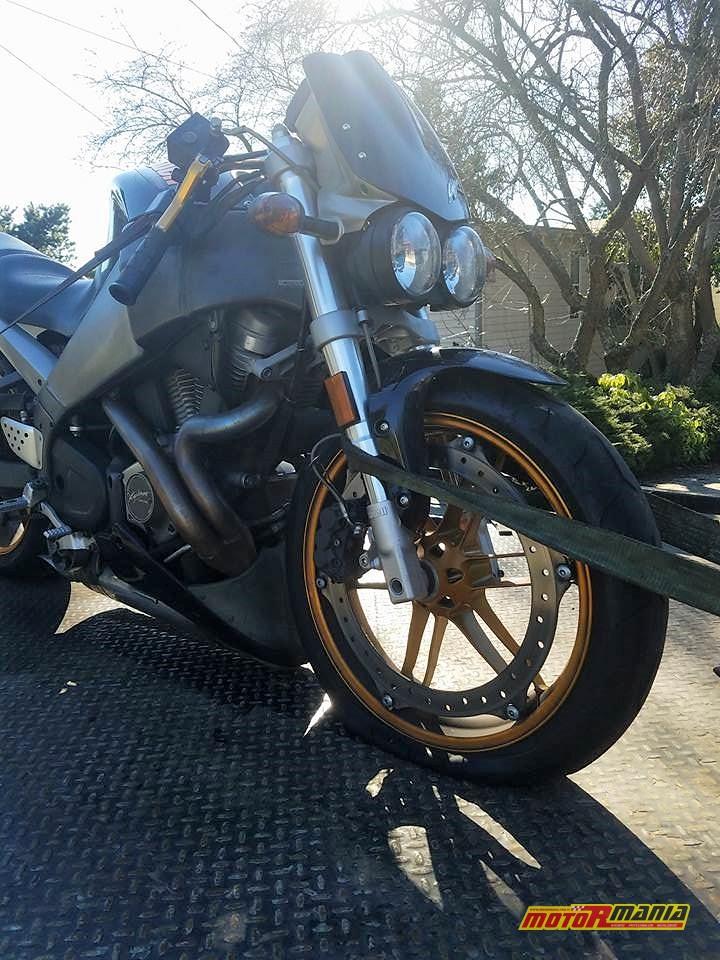Spinanie motocykla buell - fot ProtonMorph - Reddit (1)