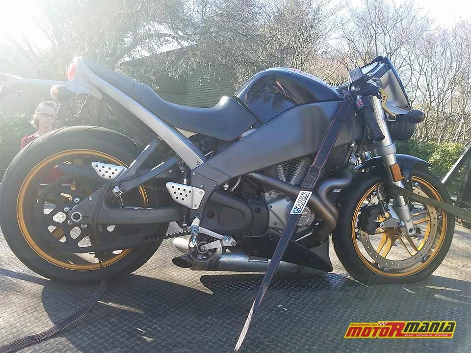 Spinanie motocykla buell - fot ProtonMorph - Reddit (2)