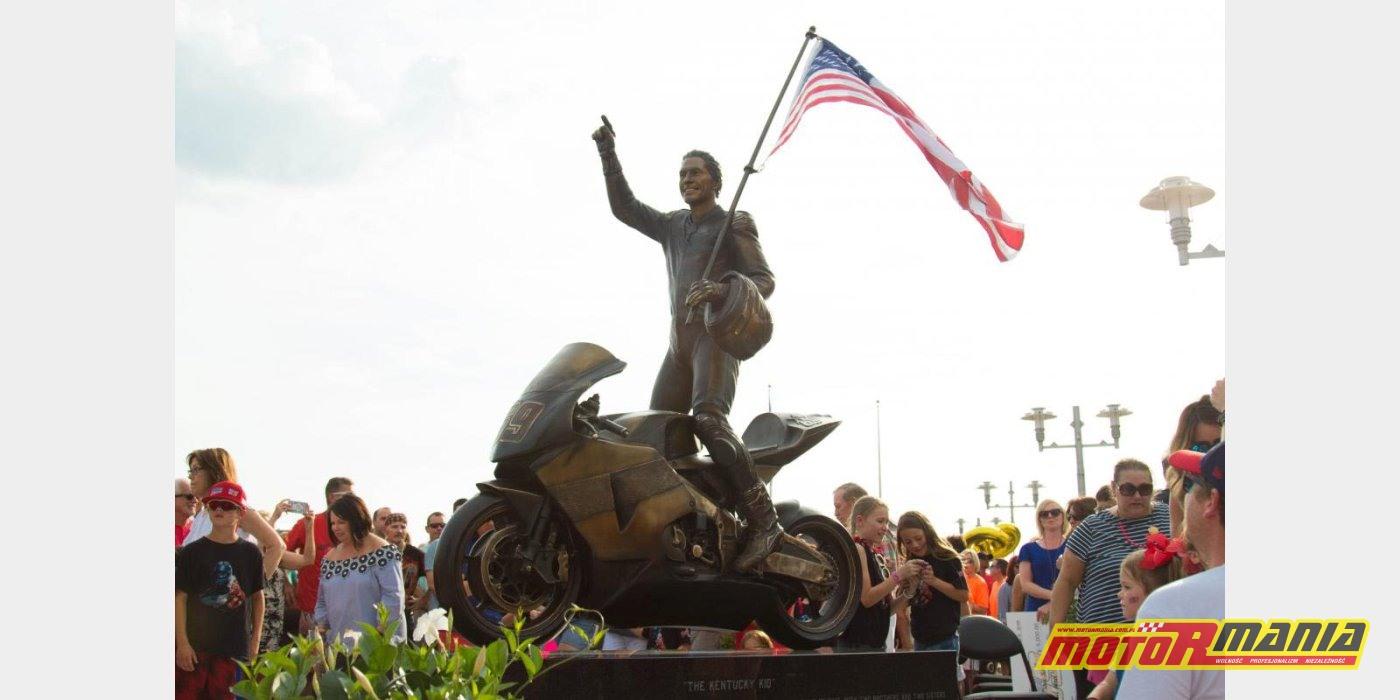 Nicky Hayden pomnik w Owensboro Kentucky (1)