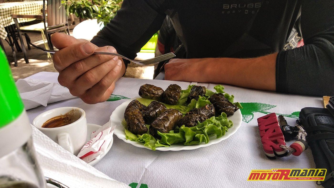 śniadanie w Gjirokastrze - sarma