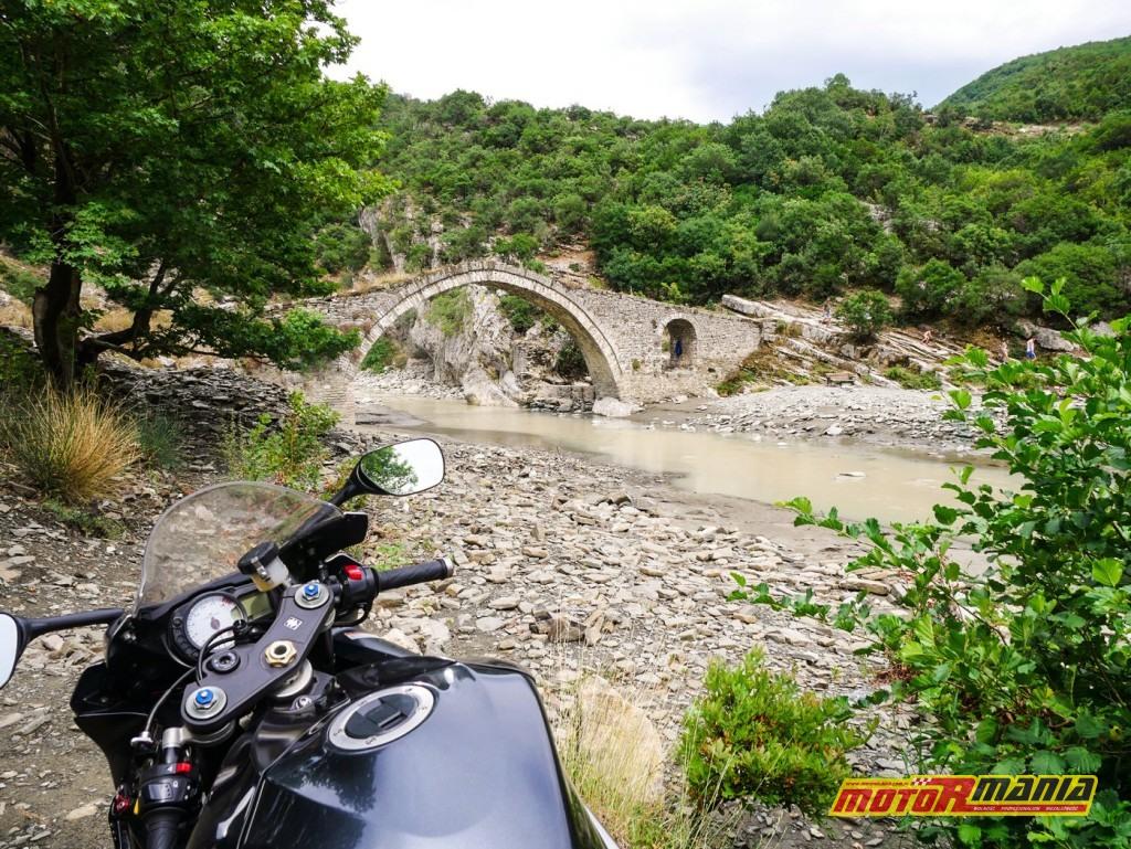 Benje i charakterystyczny most