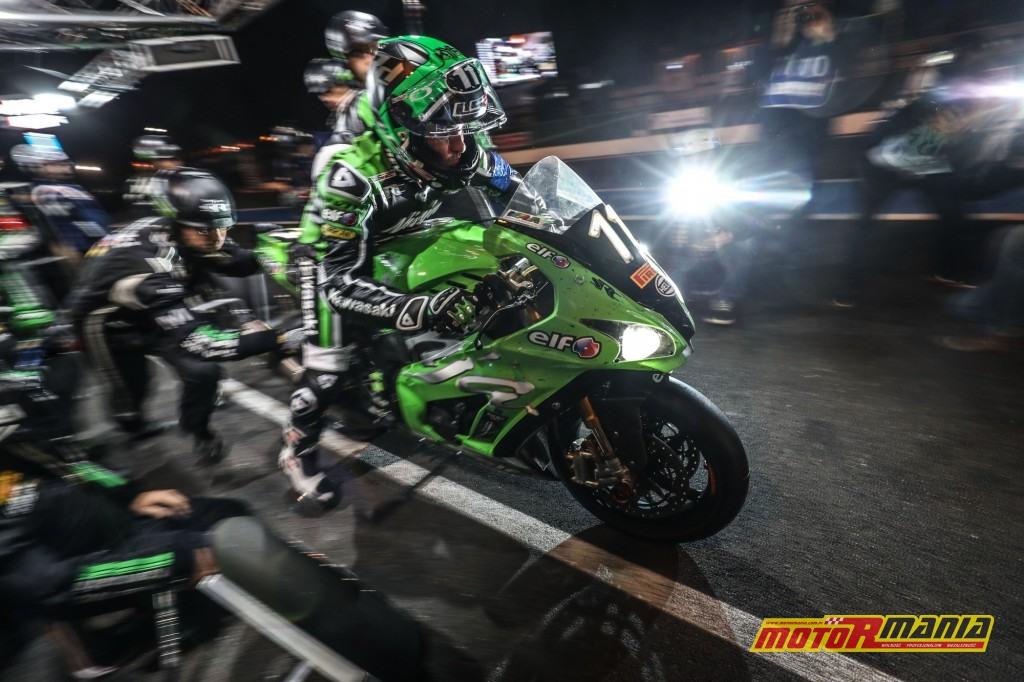 ... obie ekipy spowolniły jednak problem, Kawasaki z elektroniką, Suzuki ze sprzęgłem