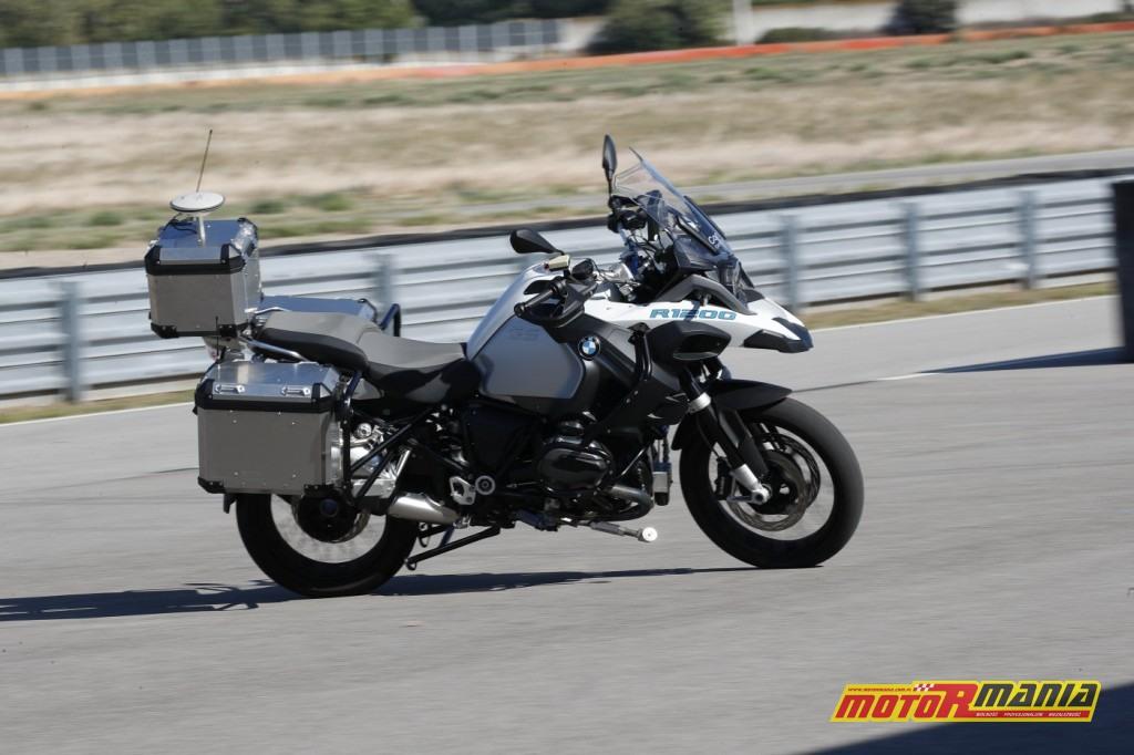 Autonomiczny motocykl BMW R1200GS (2)