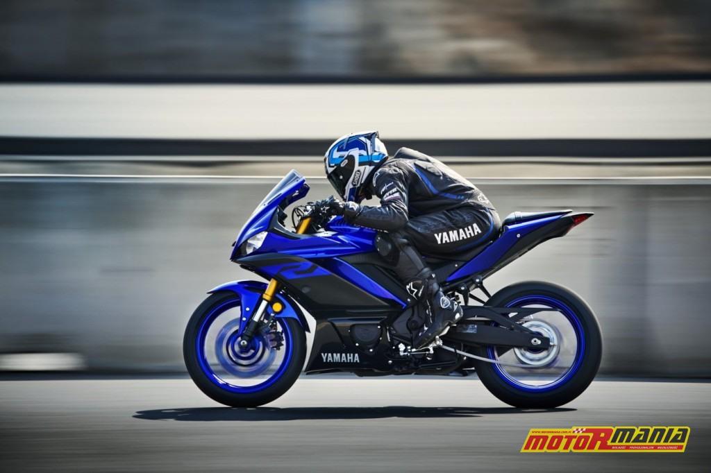 Yamaha YZF R3 2019 (4)