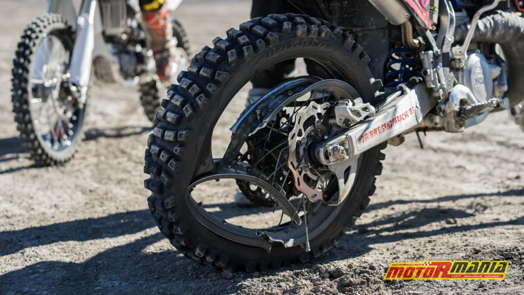 Bradley ONeal base jumpa utah motocykl (3)
