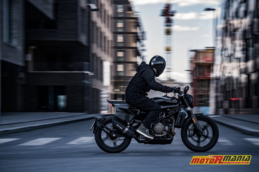 Husqvarna 701 Svartpilen 2019 (3)