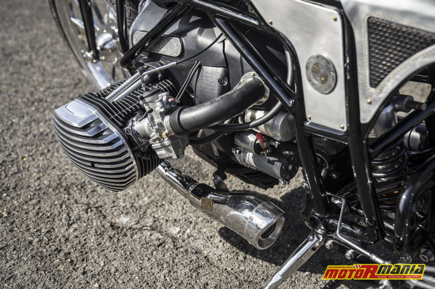 BMW R18 silnik boxer 1800 - the departed custom works zon (9)
