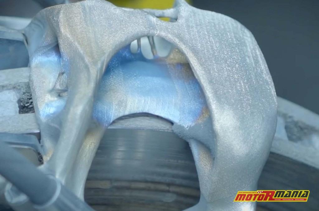 Bugatti zacisk tytanowy 3D (2)