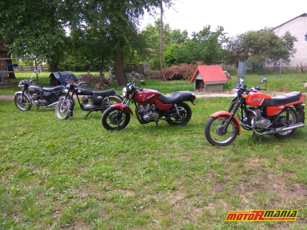 Honda CB500 Four 1971 ; Jawa 350 Twin Sport 1987 ; Honda VT500E 1983 ; Suzuki GS550 Katana 1983 ; WSK 125 1979