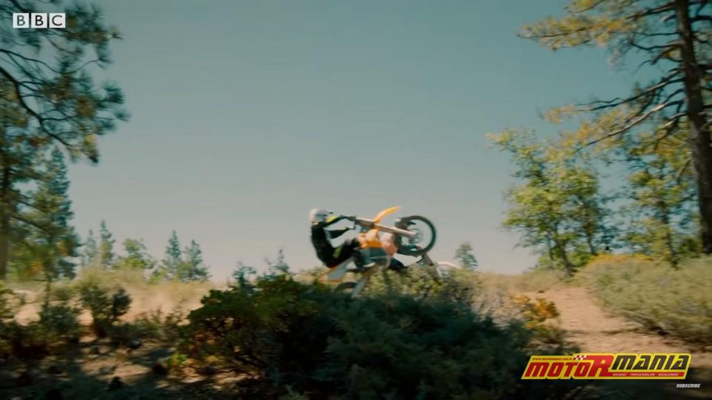 Również Matt LeBlanc, czy może jego szczuplejszy stunt-dubler?
