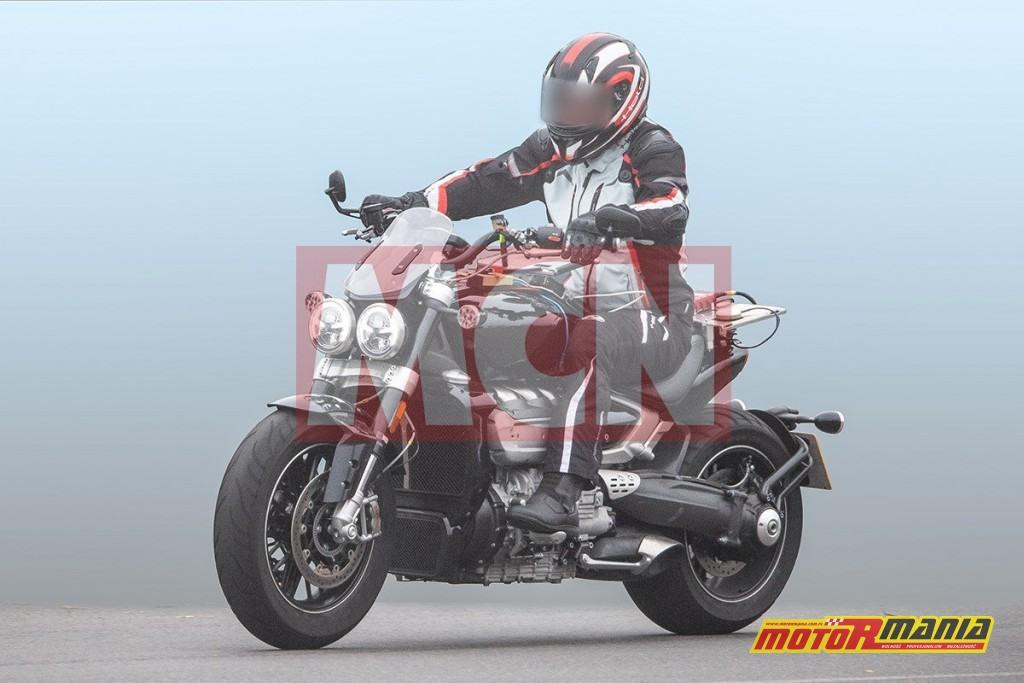 Triumph Rocket III 2019 2020 (5)