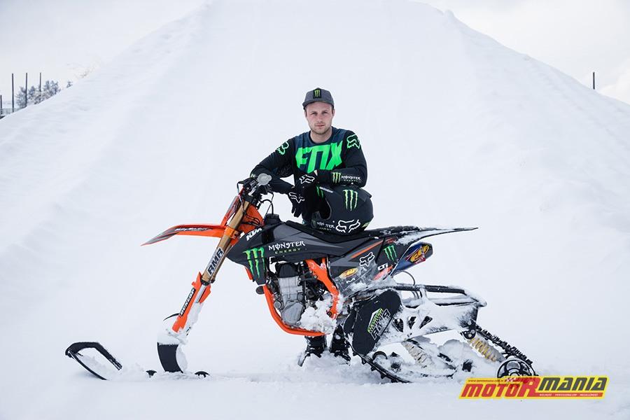 Kyle Demelo i jego snowbike
