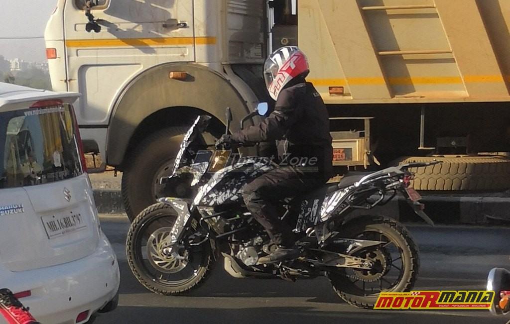 KTM 390 Adventure upolowany niedawno w Mumbaju na testach drogowych.