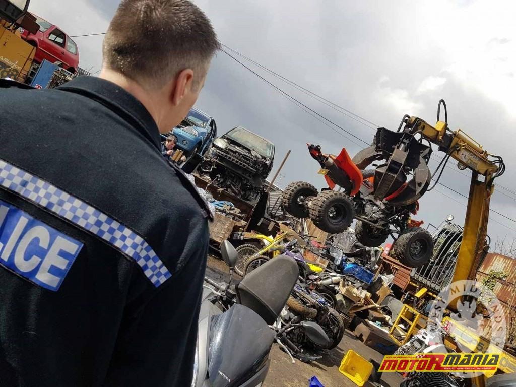 policja niszczy quada stunt