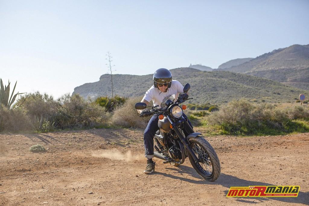 Barton Cafe Racer 125 w Hiszpanii test (3)