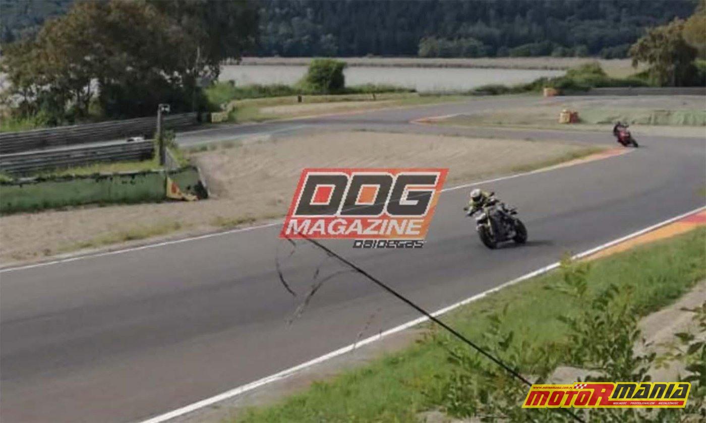 Ducati Streetfighter V4 2020 zdjecia szpiegowskie na torze (4)