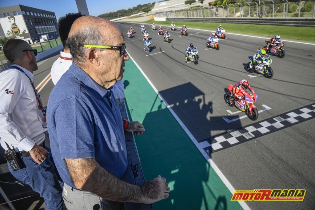 W Walencji wszystkiemu przyglądało się szefostwo MotoGP, z Carmelo Ezpeletą na czele - zdjęcia: motogp.com