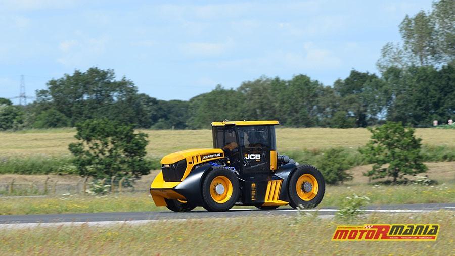 Guy Martin i rekord predkosci dla traktora JCB (2)