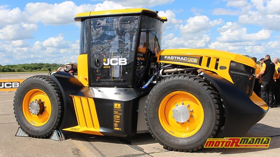 Guy Martin i rekord predkosci dla traktora JCB (3)