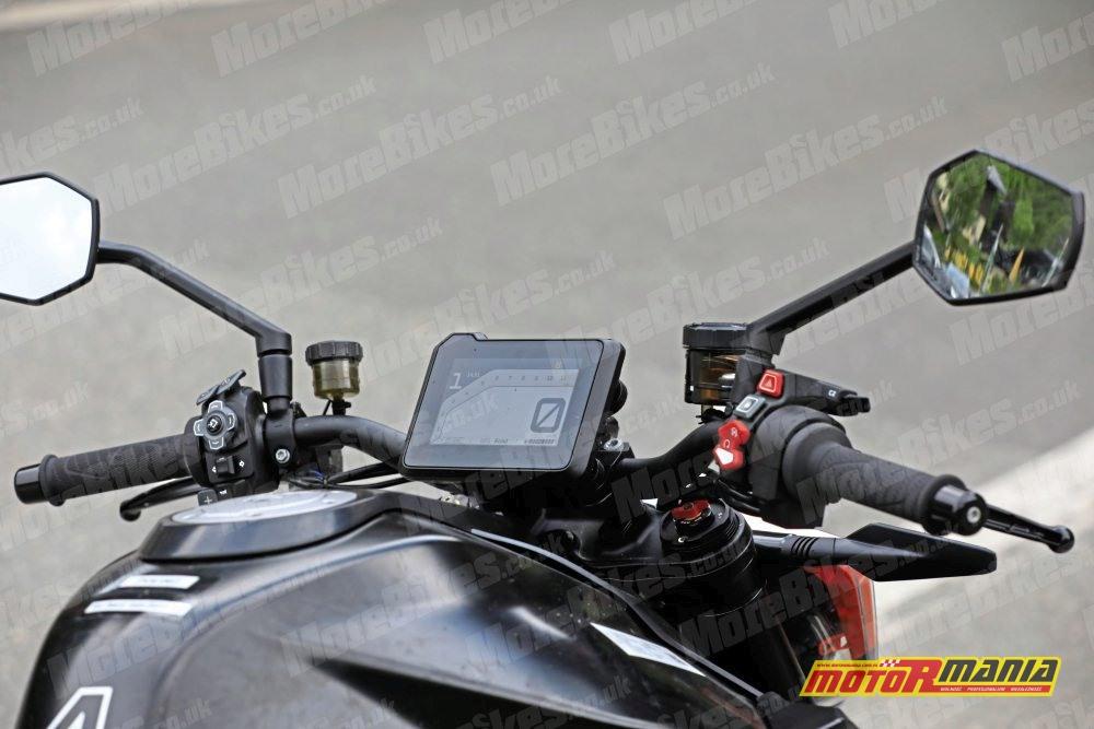 KTM 1290 super duke r 2020 zdjecia szpiegowskie (2)