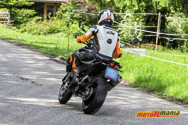 KTM 790 SMC SMT spy shot (1)