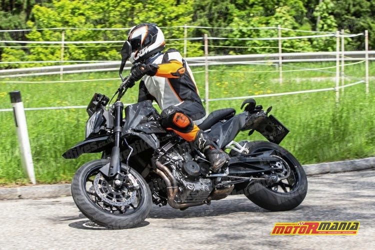KTM 790 SMC SMT spy shot (3)