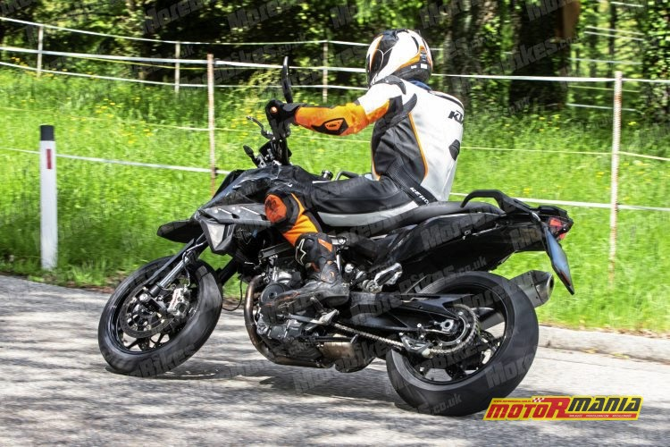 KTM 790 SMC SMT spy shot (5)