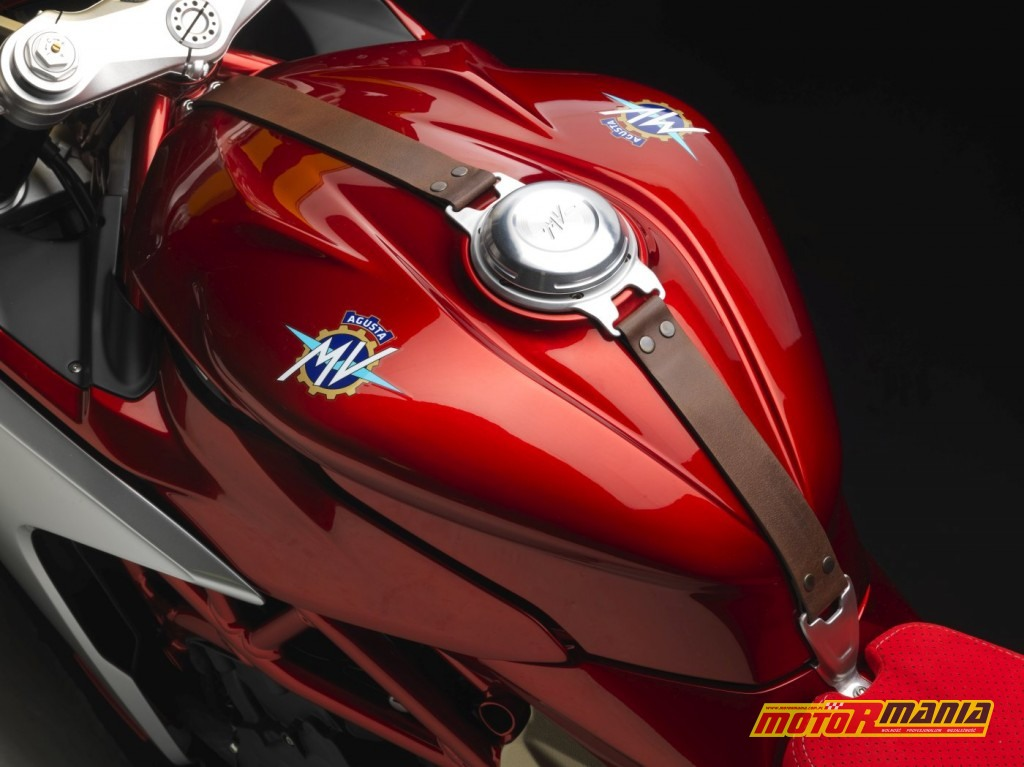 MV Agusta SuperVeloce 800 Serie Oro (11)