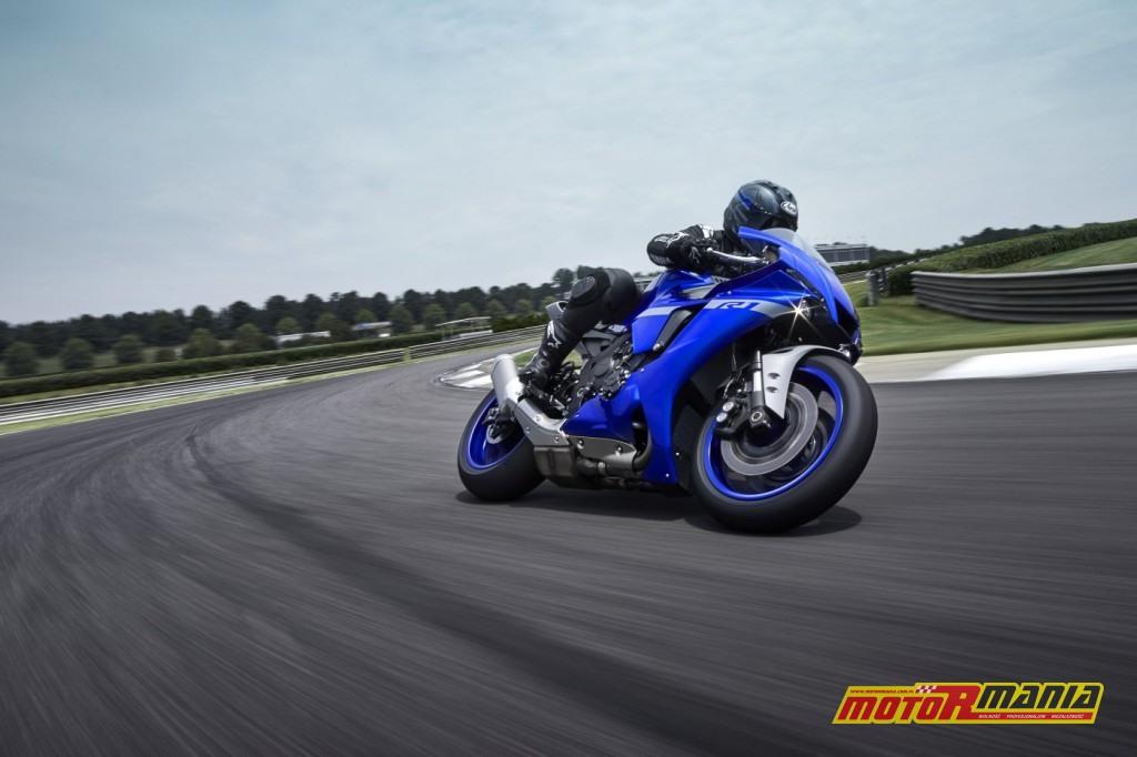 Yamaha YZF-R1 2020 (1)