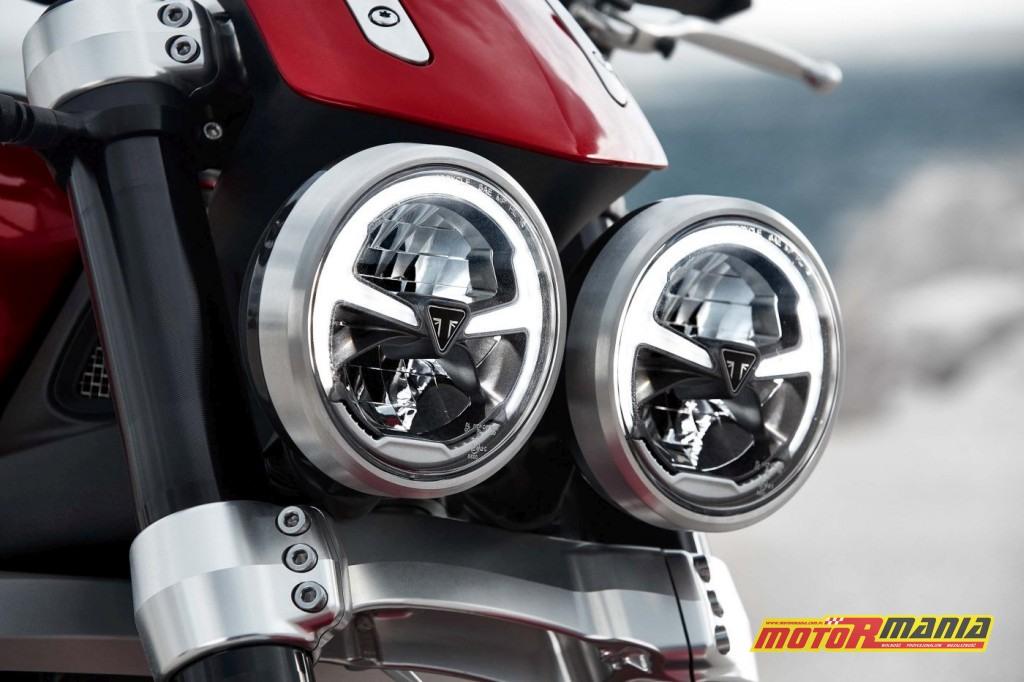 Reflektory nowego Triumpha Rocket 3 R - także posiadają LEDy do jazdy dziennej.