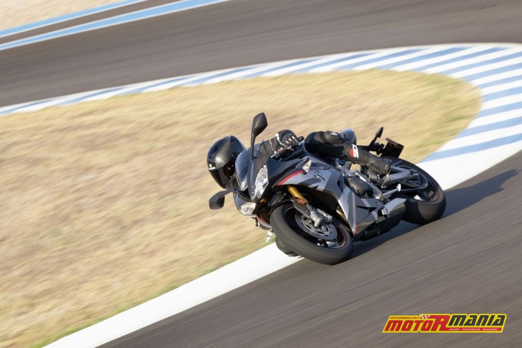 Triumph Daytona 765 Moto2 2020 (25)