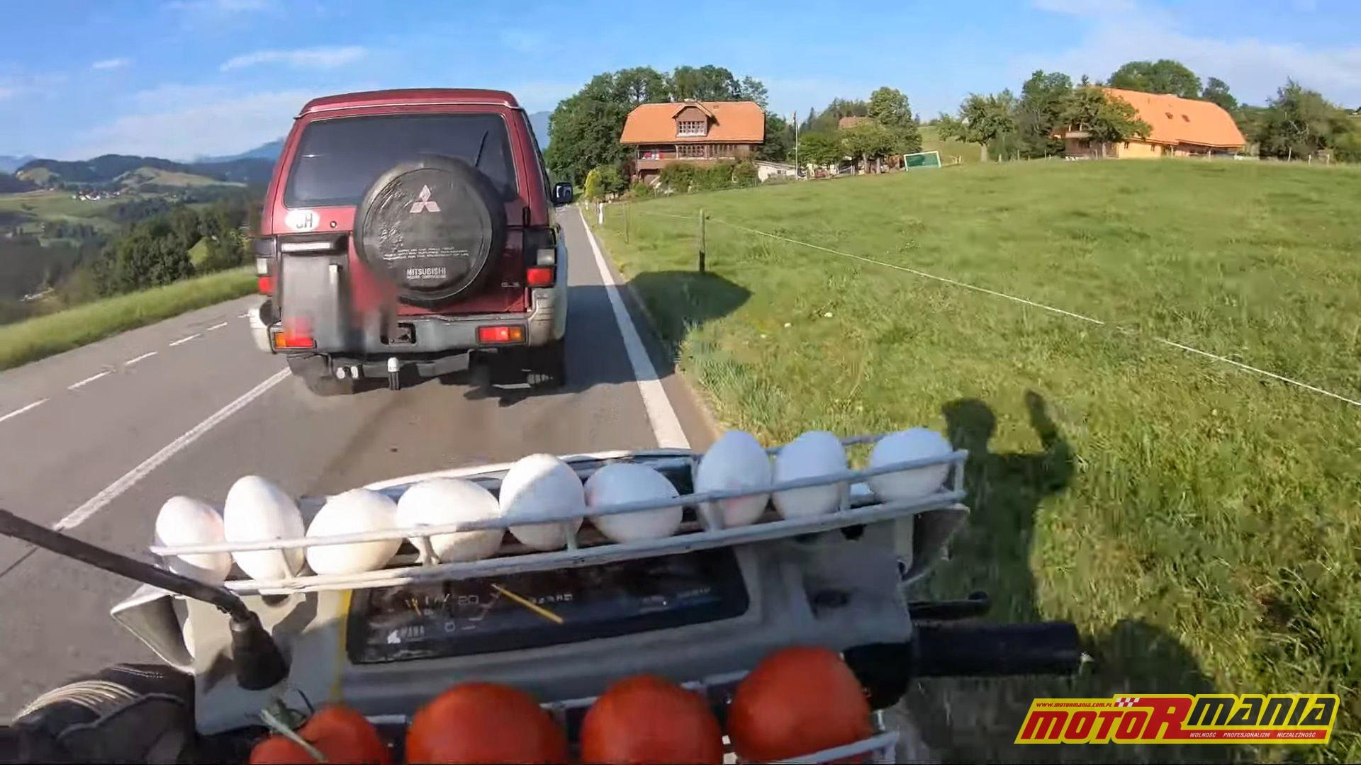 jajem w samochod