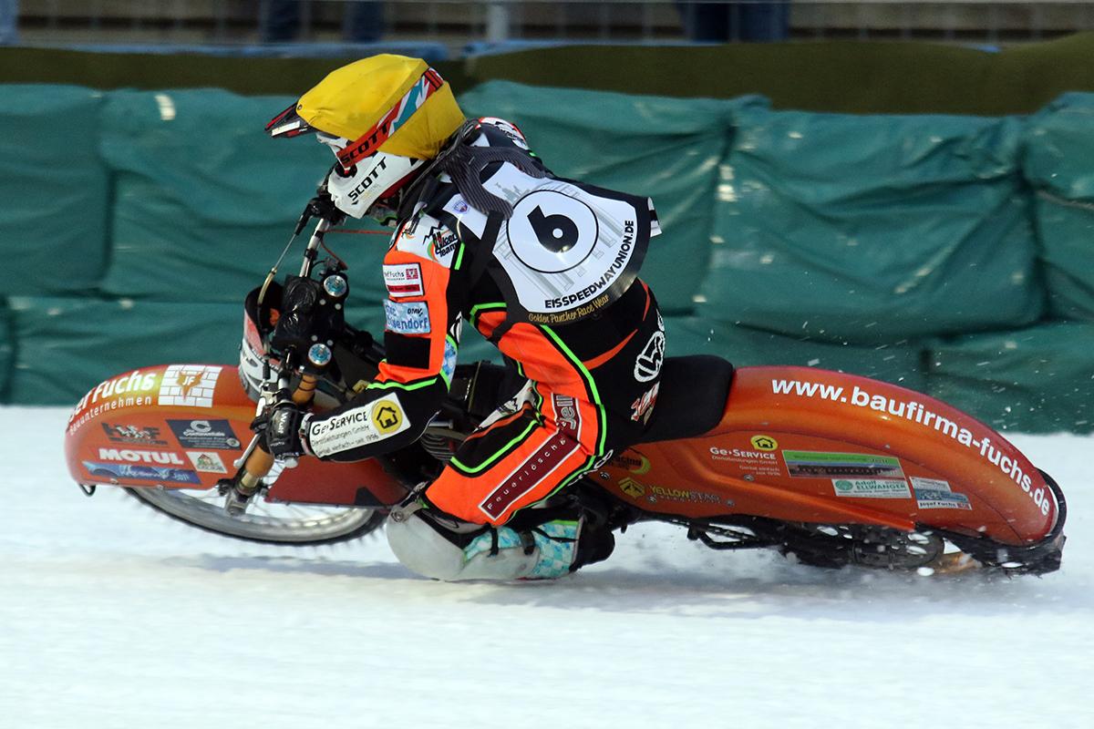 ice_racing2
